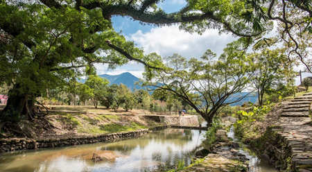 Sơn Trùng - Ngôi làng bước vào tác phẩm Quỳnh Dao